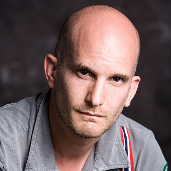 Headshot of Leon Logothetis