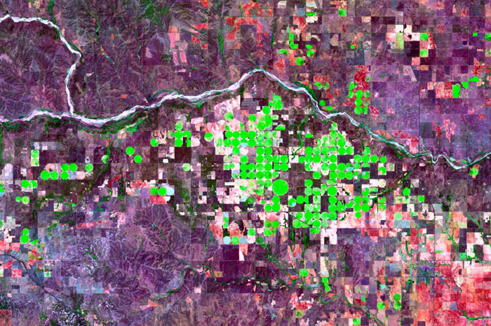Landsat of Center-Pivot Irrigation in Collingsworth County